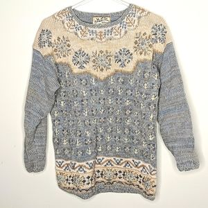 Vintage Heirloom Collectables Embroidered Sweater